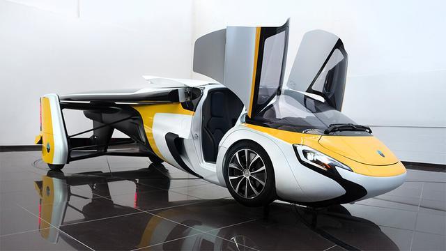 画像: ヘリコプターのようにも見えます。 www.aeromobil.com