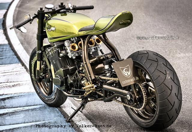 画像: こちらはKawasaki Z1000ベース www.custom-wolf.de