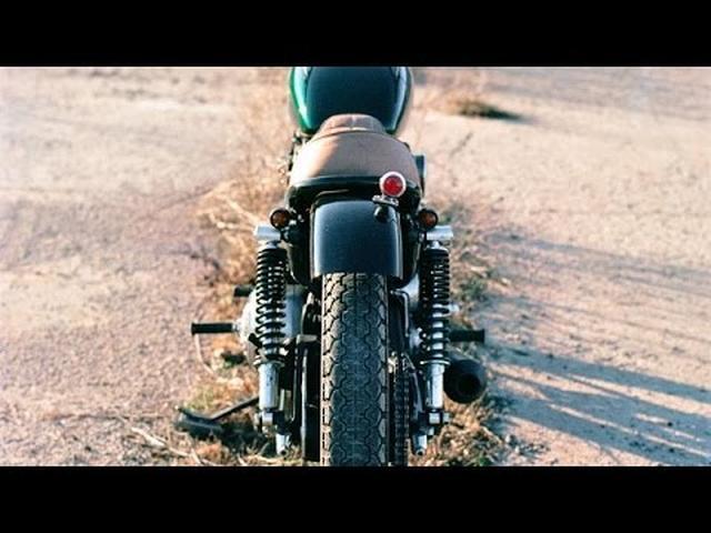 画像: Harley Davidson Sportster Custom by Clockwork Motorcycles www.youtube.com