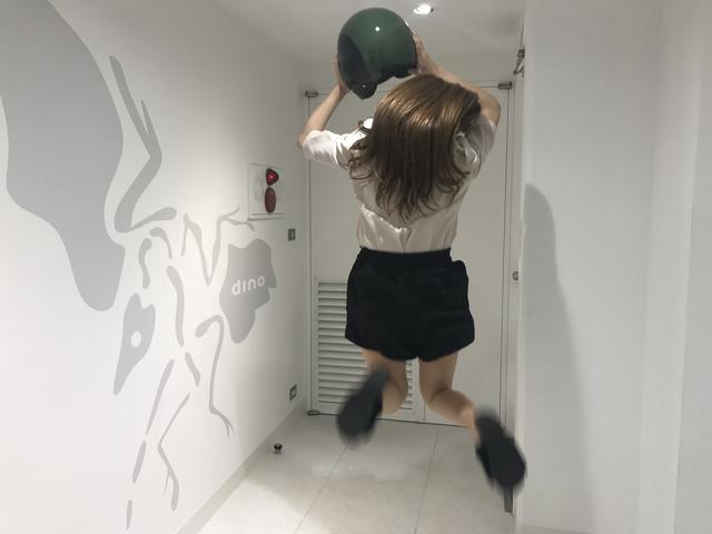 画像: 垂直跳び2メートルくらいは飛んでいます!(推定)