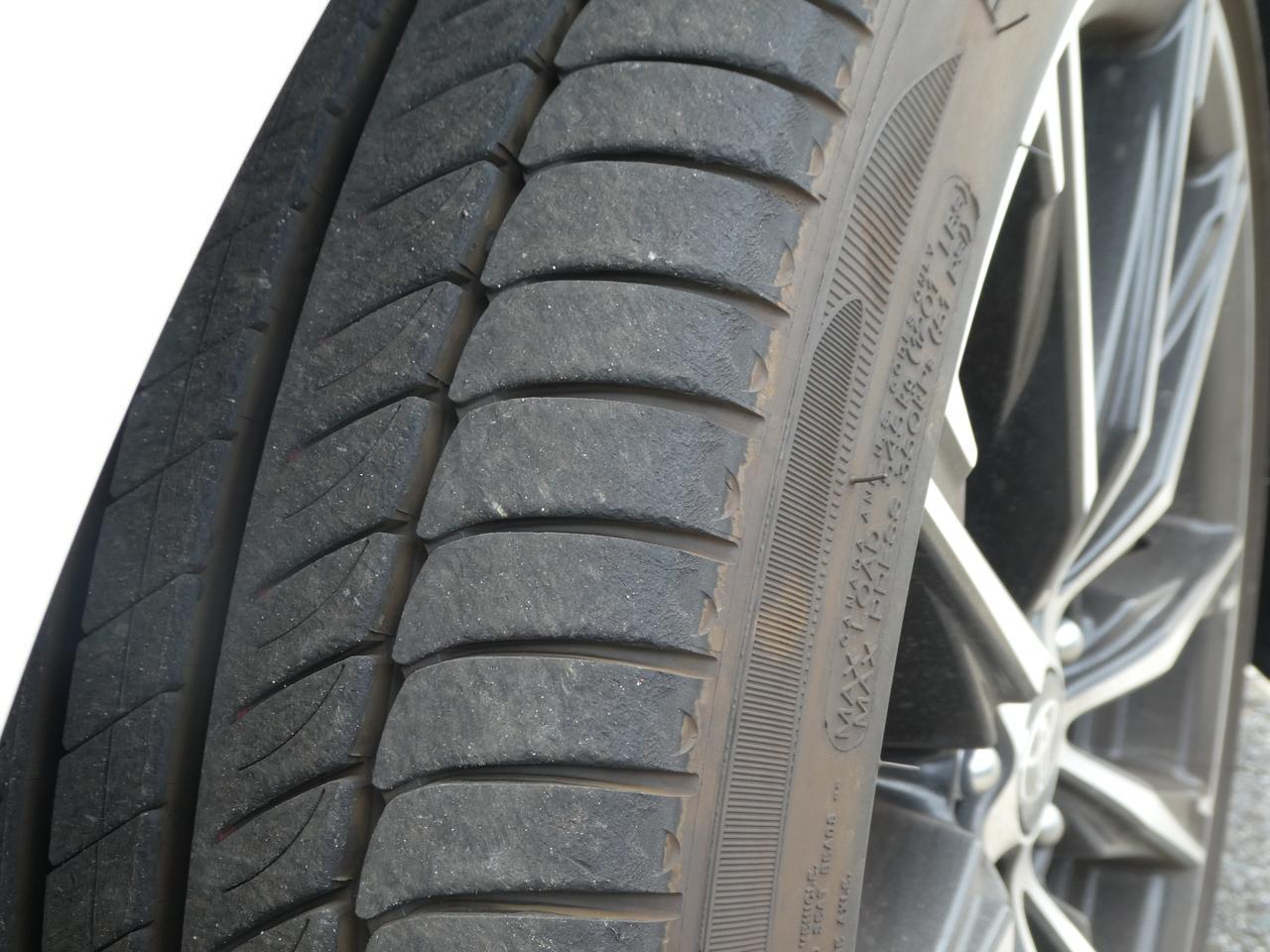 画像: 約2周サーキットを走行してもらった後のタイヤ