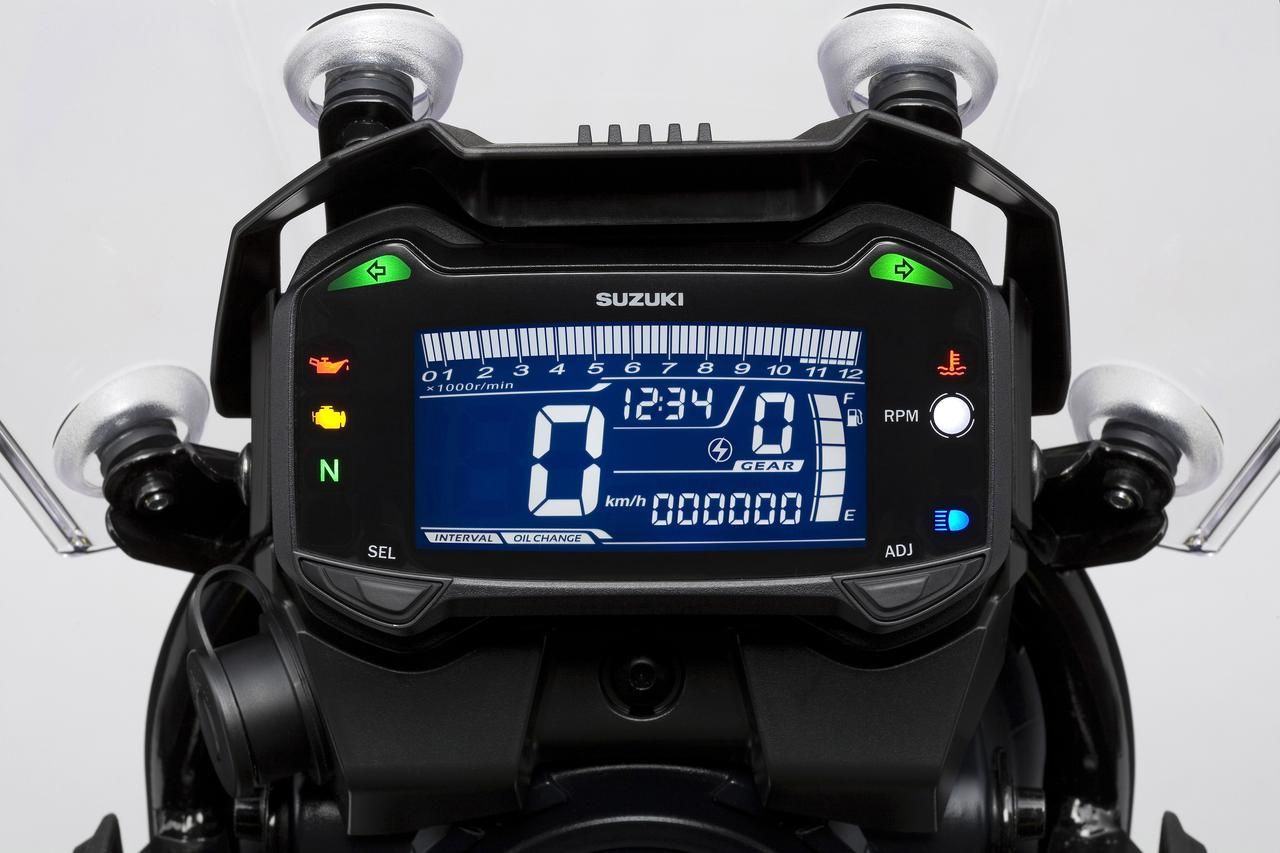 画像: 250ccとは思えない充実のメーターです。ネガティブ表示がイマドキ!
