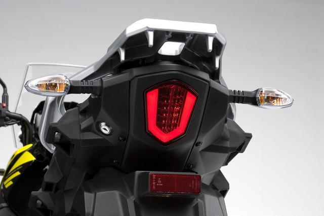 画像: 面発光LEDのテールランプが高級感です。