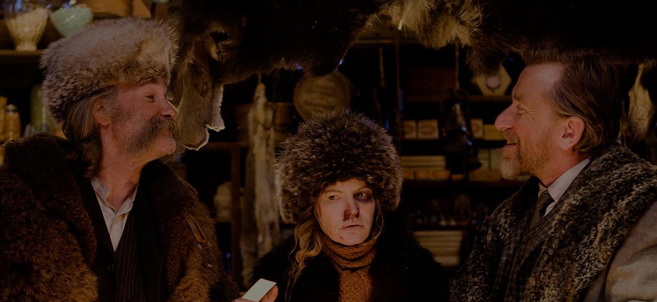 画像: タランティーノ映画の常連カート・ラッセル(左)ティム・ロス(右)