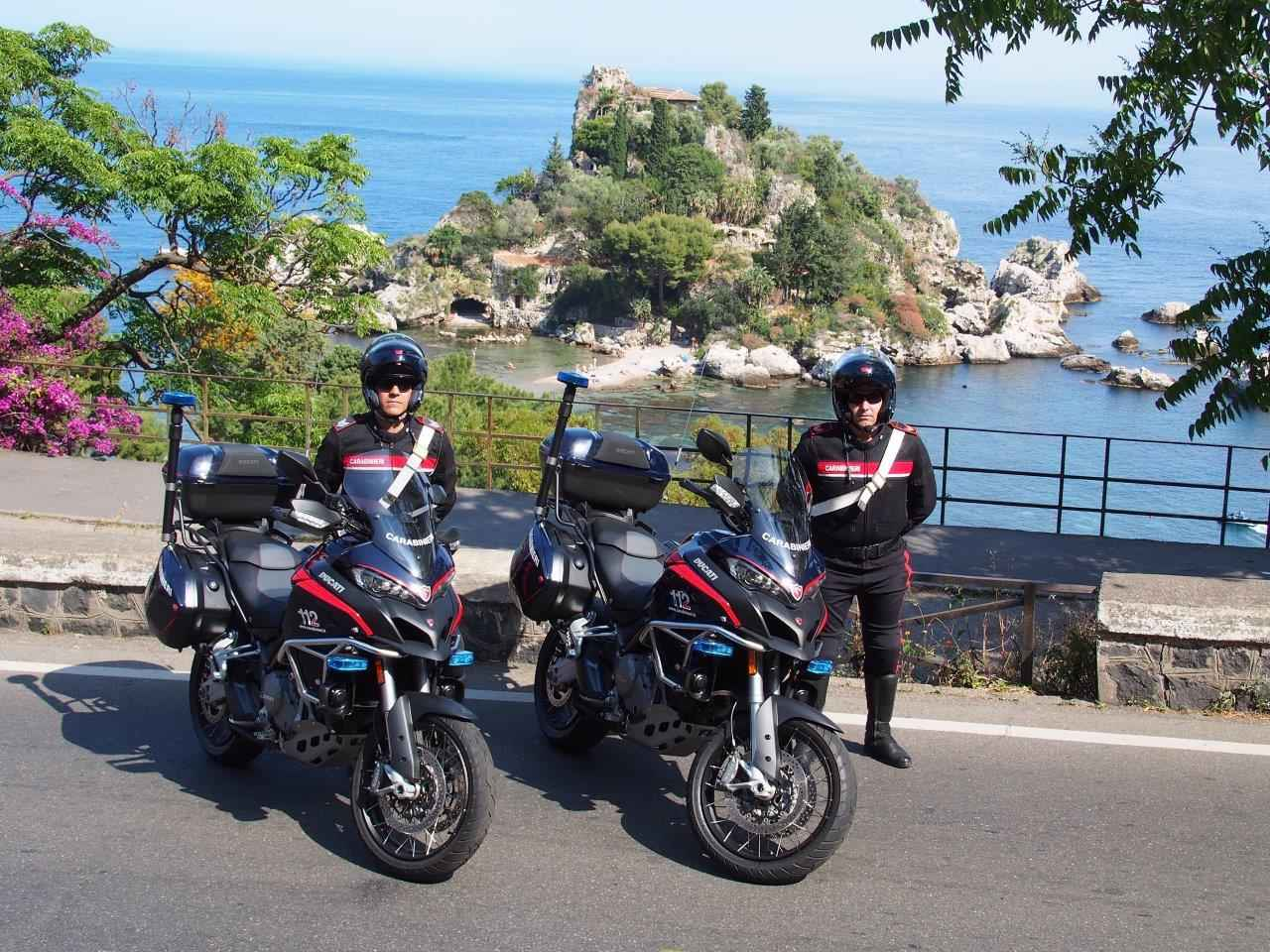 画像2: イタリア国家治安警察隊仕様のムルティストラーダが、シチリア島で開催された G7 サミットでデビュー!