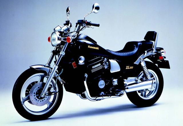 画像: こちらは KAWASAKI ZL1000(1986年発売)