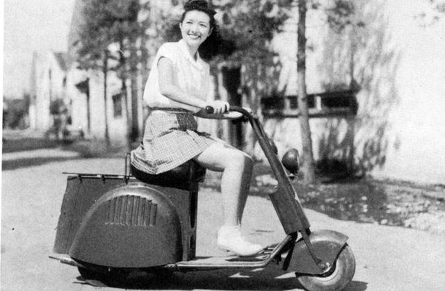 画像: 富士工業 ラビットS-1(1946年発売)