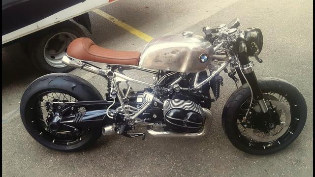 画像: Custom BMW R nineT by Riverside Motocyclettes www.youtube.com