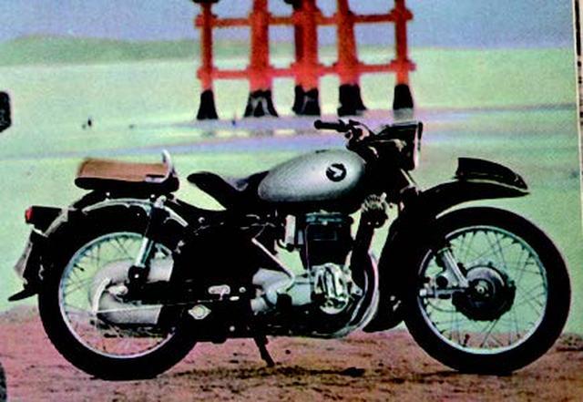 """画像4: 世界のホンダの第一歩。""""ドリーム""""の名を冠したマシンたち(1949年〜1970年版)"""