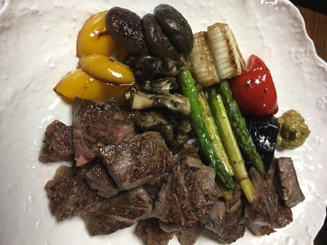 画像: さらにお肉食べたくて追加注文したステーキ。。食べ過ぎ。。笑
