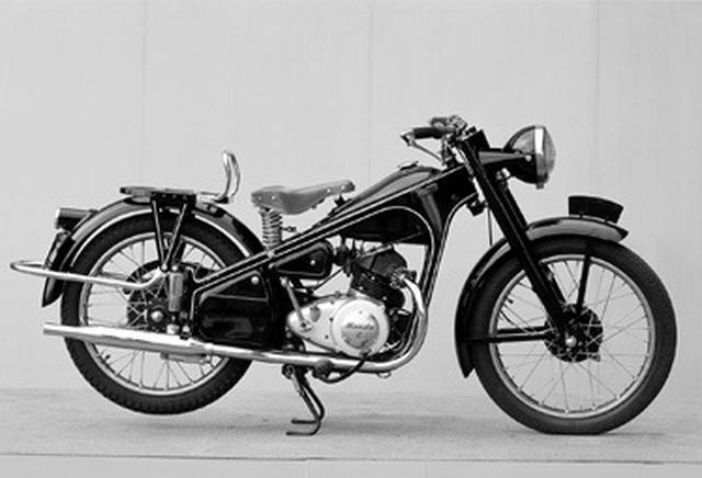 """画像2: 世界のホンダの第一歩。""""ドリーム""""の名を冠したマシンたち(1949年〜1970年版)"""