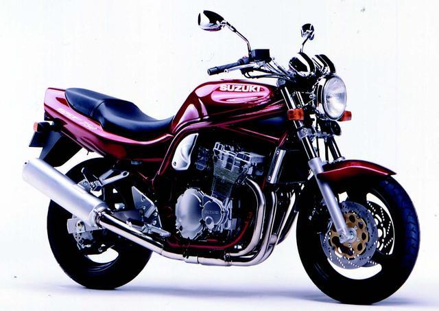 画像: こちらはSUZUKI GSF750/1996年1月発売