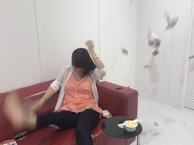画像4: 初体験♡話題沸騰のアレをミク様がやってみた!!【水曜日のミク様】