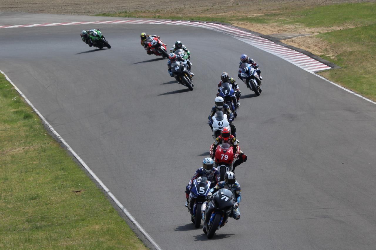 画像1: 2017 MFJ全日本ロードレース選手権シリーズ第3戦
