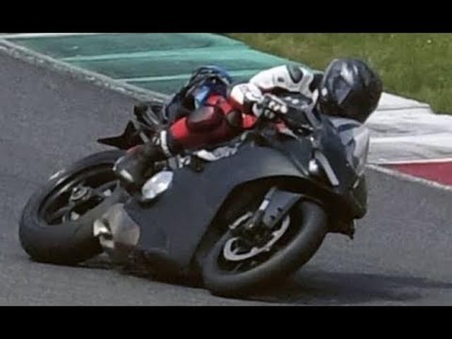 画像: Ducati V4 Superbike First Video and Soundcheck youtu.be