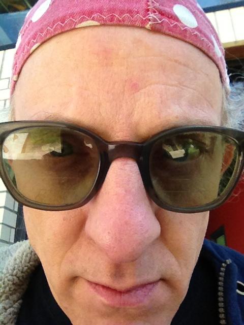画像: David Moralessさん。大のメタル好き。 static1.squarespace.com