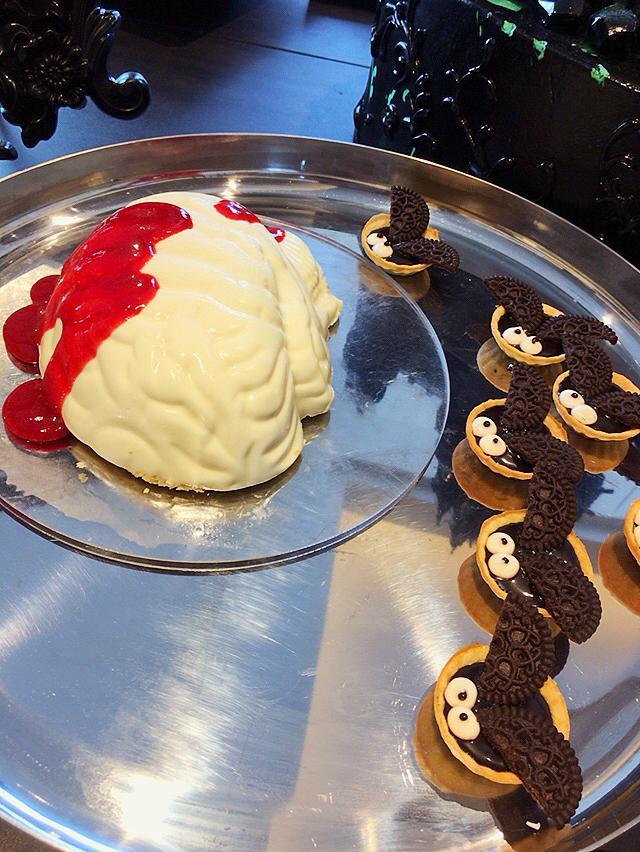 画像: 脳みそ!!!滑らかなムースで、脳みそ美味しい〜って感じです(グロい。笑)