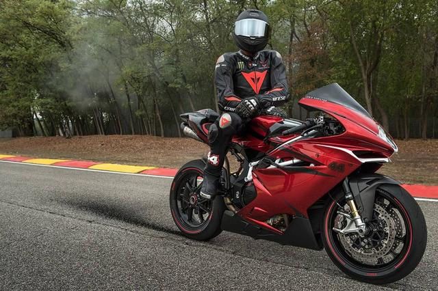 画像: MV Agusta F4 LH44 Benefits From Lewis Hamilton's Touch