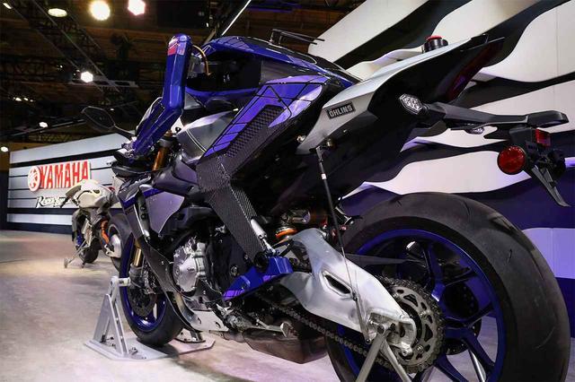 画像: YAMAHA MOTOBOTがロッシの背中を捉えた?? in 第45回東京モーターショー2017 - LAWRENCE - Motorcycle x Cars + α = Your Life.