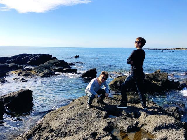 画像3: 葉山公園の綺麗な海をバックにパシャり。