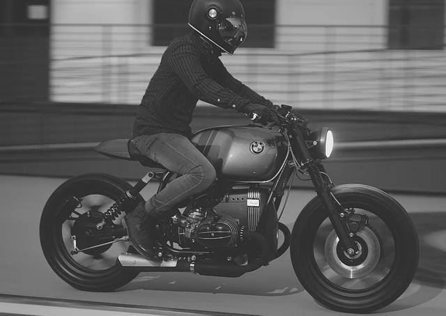 画像: https://www.vintageroommotorcycles.com/