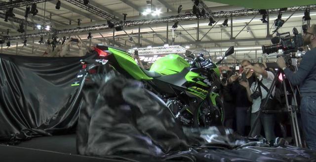 画像: Kawasaki Ninja 400がEICMAでも登場。これは売れるっ。 - LAWRENCE - Motorcycle x Cars + α = Your Life.