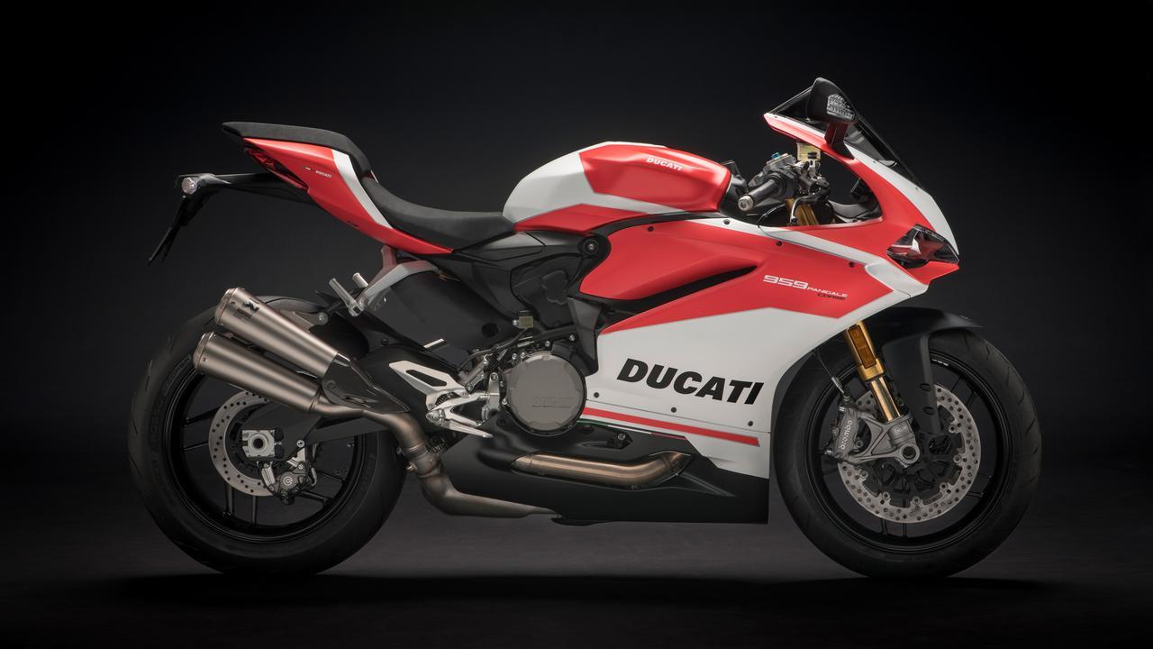 画像: 959パニガーレ・コルサは175.5kgの乾燥重量の車体に、150馬力のV2エンジンを組み合わせています。フラッグシップにしか興味のない見栄張り系ライダー以外では、このパフォーマンスに不満を覚えるライダーはほとんど存在しないのではないでしょうか? www.ducati.co.jp