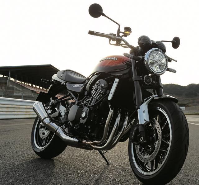 画像: 見よ、あの頃を彷彿させるこの立ち姿 www.motormagazine.co.jp