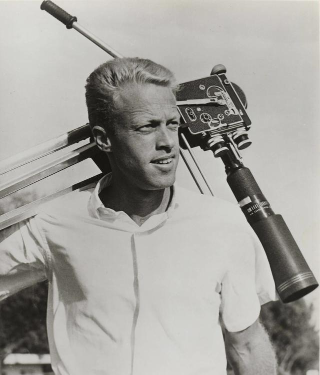 画像: ブルース・ブラウンは1937年12月にサンフランシスコで生まれました。なお、彼の終の住処はサンタバーバラでした。 www.brucebrownfilms.com
