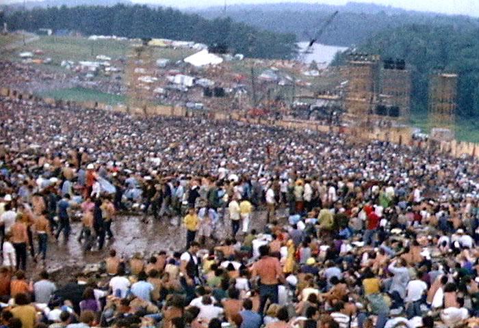画像: ウッドストック・フェスティバル - Wikipedia