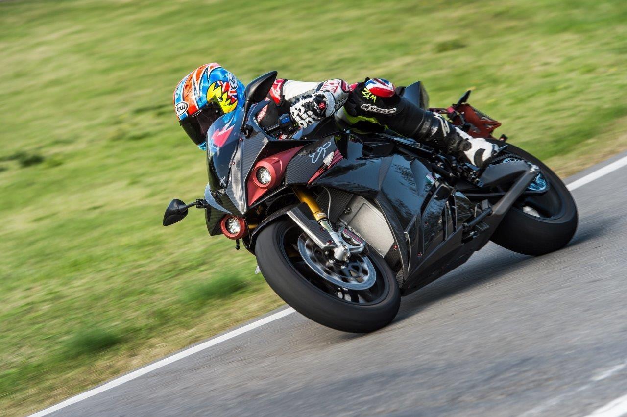 画像: Energica Ego 45 | First Ride | Motorcyclenews.com youtu.be