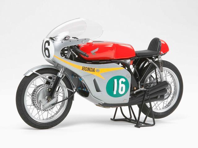 画像: 1/12 オートバイシリーズ Honda RC166 GPレーサー | タミヤ