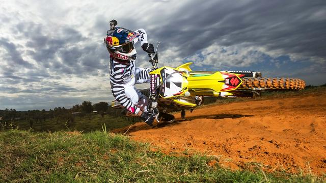 "画像: Super Slow-Moto: The ""Bubba Scrub"" w/ James Stewart youtu.be"
