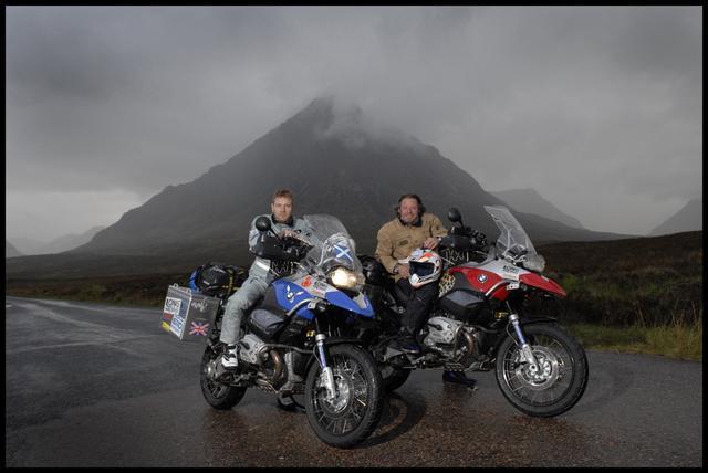 画像2: バイク大好き俳優こと、ユアン・マクレガー様の冒険を記録したDVD『ユアン・マクレガー 大陸縦断バイクの旅/Long Way Down』が発売されますよ。
