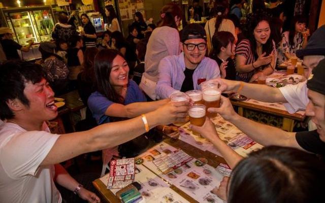 画像: 六本木横丁をはしご酒|出会いのはしご酒