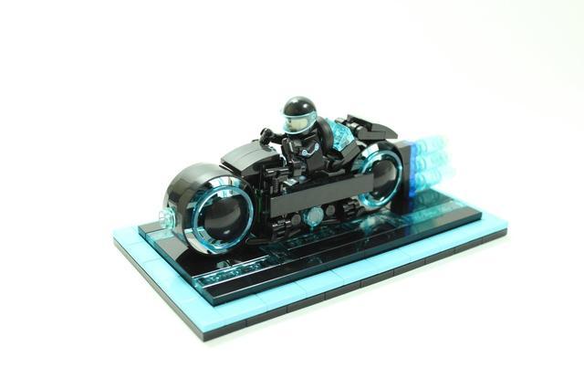 画像: Lego gain 10,000 supporters of Tron light cycle set