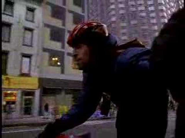 """画像: """"YAC""""-New York Bike Messenger - Moving Art™ www.youtube.com"""