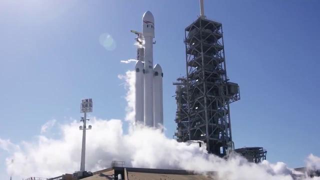 画像: Falcon Heavy static fire test youtu.be