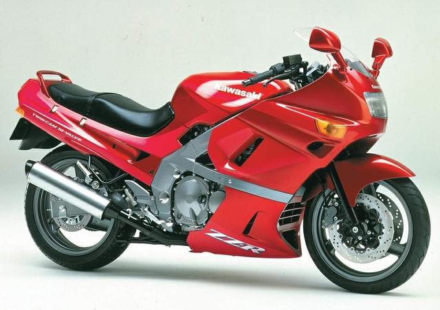 画像: 【グッドデザイン賞受賞バイク】400cc、4気筒のフルカウルのスポーツツアラーといえば!カワサキ・ZZ-R400。 - LAWRENCE(ロレンス) - Motorcycle x Cars + α = Your Life.