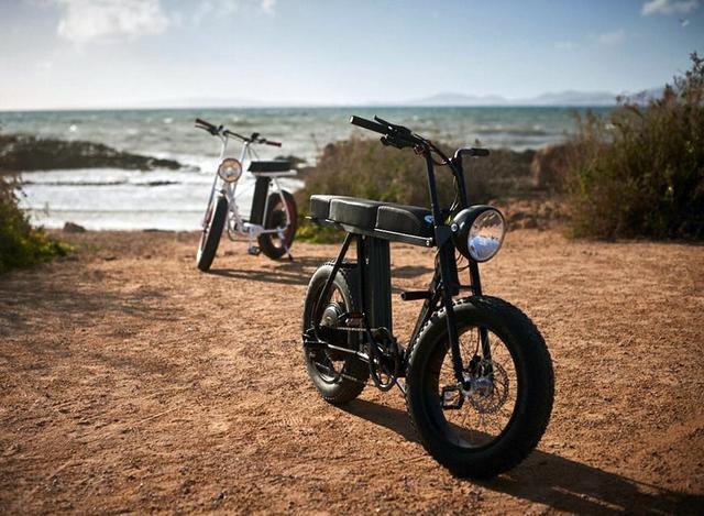 画像: MOKE urban utility two-person e-bike