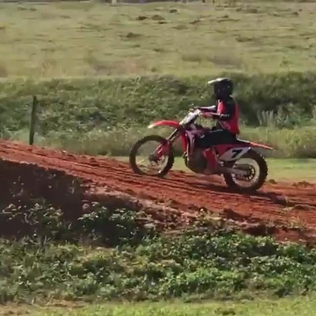 画像1: Instagram投稿の投稿者: Motocrossさん 日時: 11月 16, 2017 at 5:23午後 UTC www.instagram.com