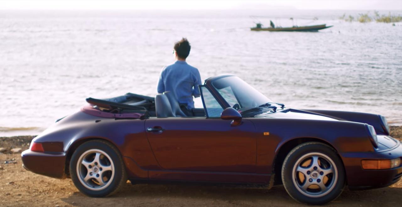画像: 「この車を走らせているとき、僕は今と全く違う時間の中にいるんだ」と語るNajaさん