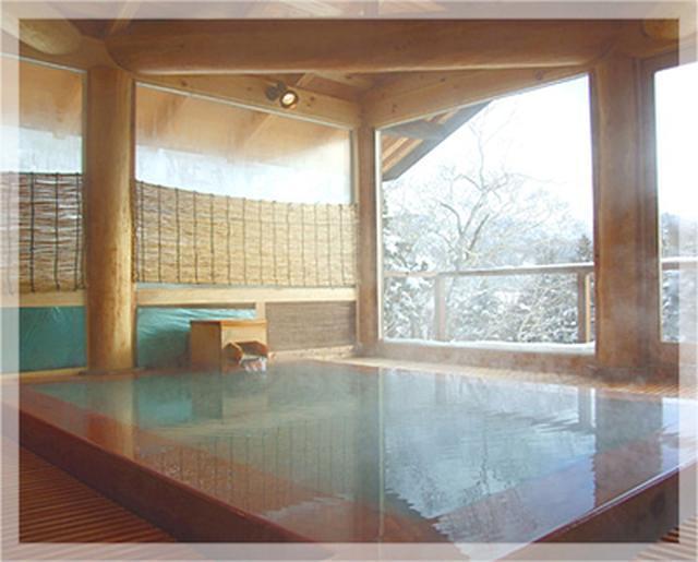 画像: ひのきのぬくもりに癒される「万天の湯」 www.manza.co.jp