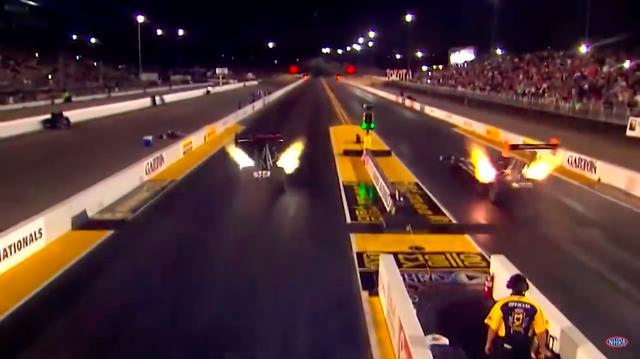 画像: 当たり前ですが、コースは直線です(笑)。なおゴール後は、ドラッグシュートと呼ばれるパラシュートを出して、空気抵抗で減速させるメカニズムを採用しています。 www.youtube.com