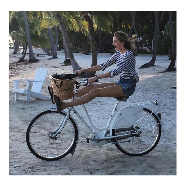 画像1: Sanne VloetさんはInstagramを利用しています:「Getting some Dutch habits to Miami 」 www.instagram.com