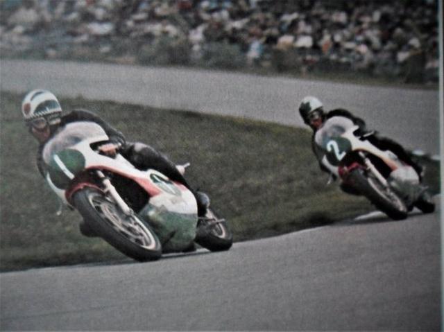 画像: 1968年7月29日のダッチTT250ccクラス。このレースは2番のB.アイビーが、1番のP.リードに0.1秒差で勝利しています。 motogp.blognook.com