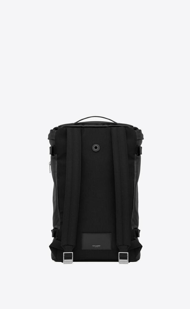 画像2: 円柱形のフラットトップバックパック。ボトムに補強材、圧縮ストラップ、ジップ式再度ポケット、サンローラン刻印メタルプレート goo.gl
