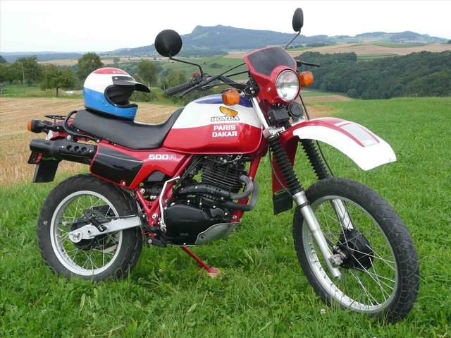 画像: 欧州市場で販売されていた、1982年型ホンダXL500Rパリ・ダカール。 motoroad.club
