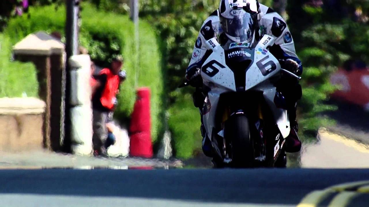 画像: BMW Motorrad and Michael Dunlop - 2014 Isle of Man TT Superbike youtu.be