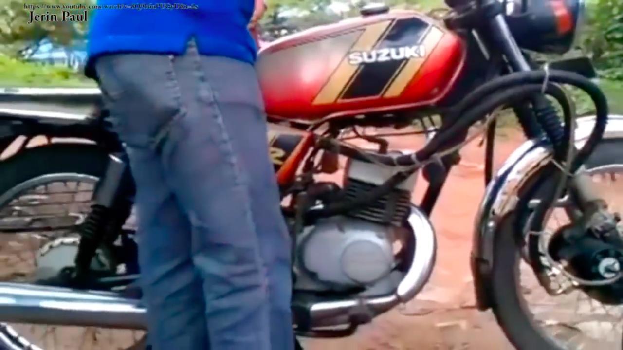 画像: こちらも油圧式2WDですが、油圧ホースのとりまわしのクセがすごいんじゃ〜!! www.youtube.com